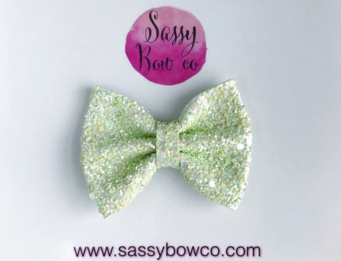 Small Lemongrass Glitter Bow