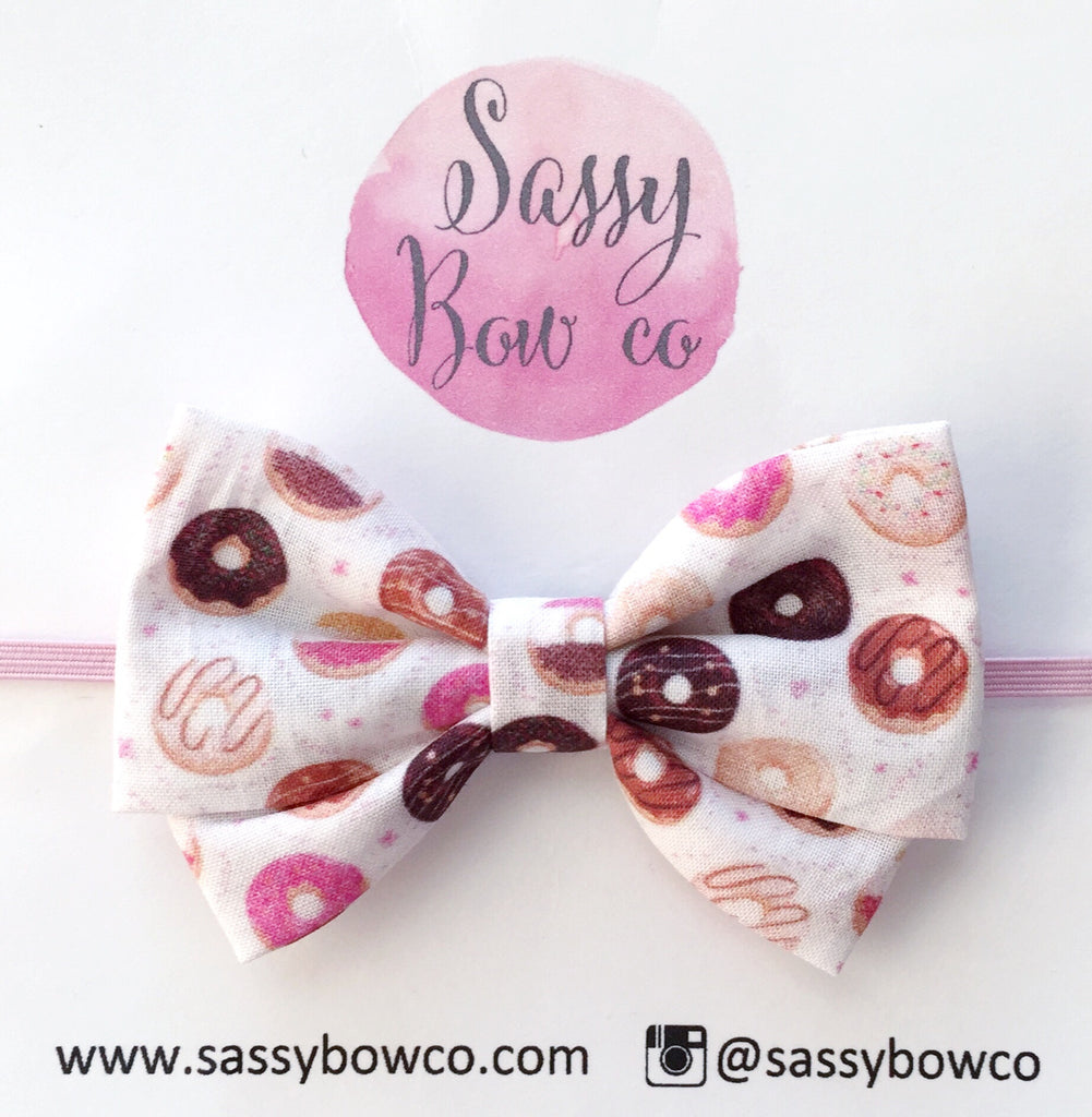 Donut Madi Cotton Bow