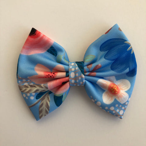 "Baby Blue floral 4"" Capri Bow"