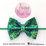 Small Poison Ivy Glitter Bow