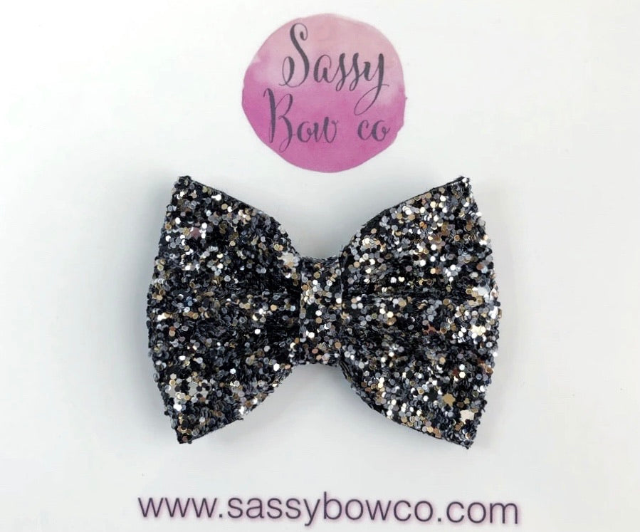 Small Full Moon Glitter Bow