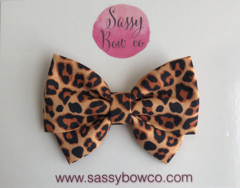 Leopard Madi Cotton Bow