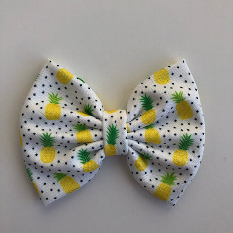 "Pineapple Dot 4"" Capri Bow"
