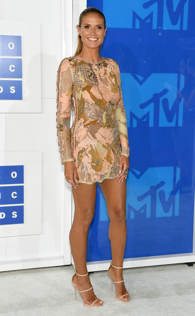 MTV VIDEO MUSIC AWARDS 2016 RED CARPET ARRIVALS