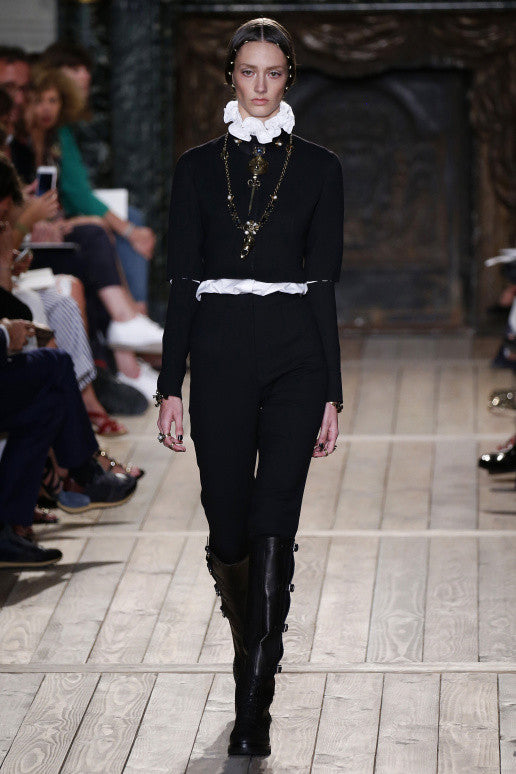 A Valentino Swansong