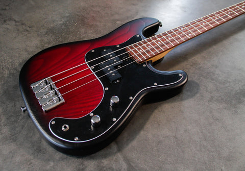Dingwall Guitars Combustion 'Amethyst GLoss'