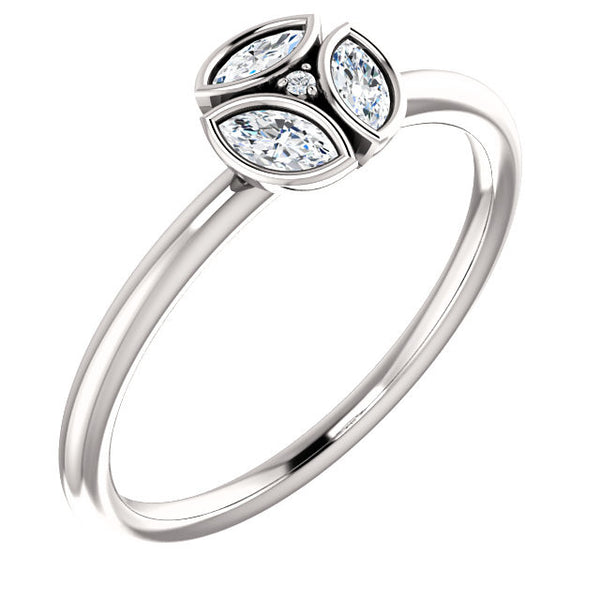 14K White Gold 1/4 (.25) CTW Diamond Ring