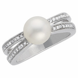 14K White Gold Freshwater Cultured Pearl (8MM) Diamond Ring