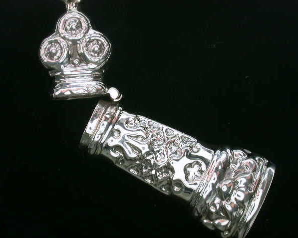 NEEDLECASE SEWING NEEDLE STERLING SILVER ANTIQUE STYLE RETAIL $115 + TAX!