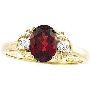(1.5 Carat) 14K Yellow Gold Oval Mozambique Garnet + Diamond Ring (January Birthstone)