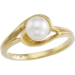 14K Yellow Gold Cultured Pearl (6MM) Ring