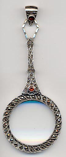 ANTIQUE STYLE STERLING SILVER MAGNIFYING GLASS PENDANT GARNET MARCASITE