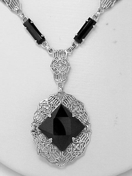 ANTIQUE STYLE STERLING NECKLACE BLACK ONYX