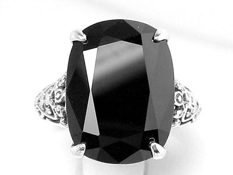 ANTIQUE STYLE STERLING SILVER RING BLACK ONYX  = 7 CARATS!