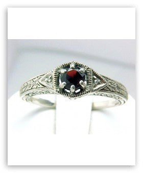 ANTIQUE STYLE STERLING SILVER RING GARNET DIAMOND