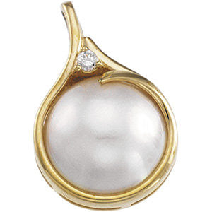 14K Yellow Gold Pendant w/ Mabe Pearl (15MM) and Diamond Accent