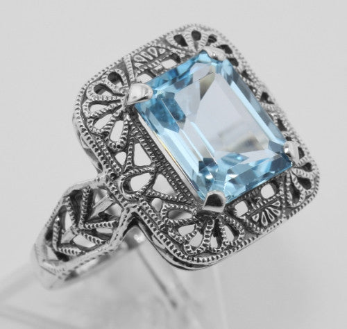 ANTIQUE STYLE STERLING SILVER RING BLUE TOPAZ