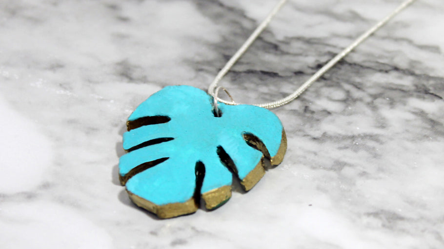 DIY Monstera Leaf Clay Necklace