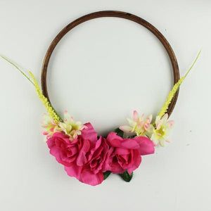 DIY Embroidery Hoop Wreath with Pink Flowers and Leaves