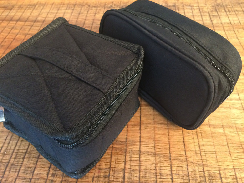 Essential oil travel and storage pouch