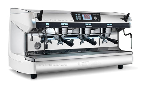 Simonelli Aurelia II T3 Commercial Espresso Machine 3 GROUP - LAST ONE!