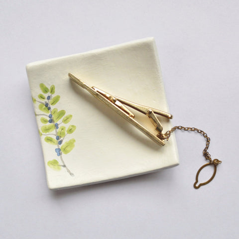 A Sprig of Greenery Jewelry Dish