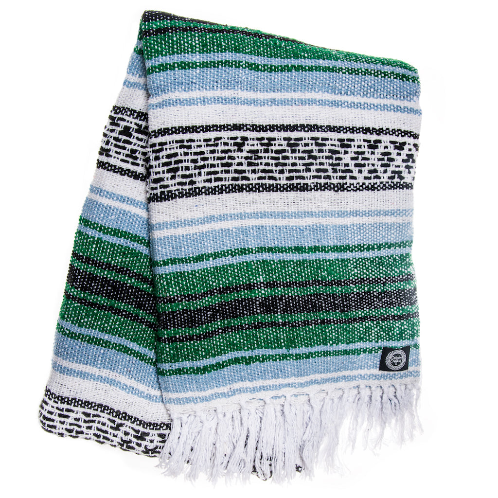 green blue white black heavy falsa blanket
