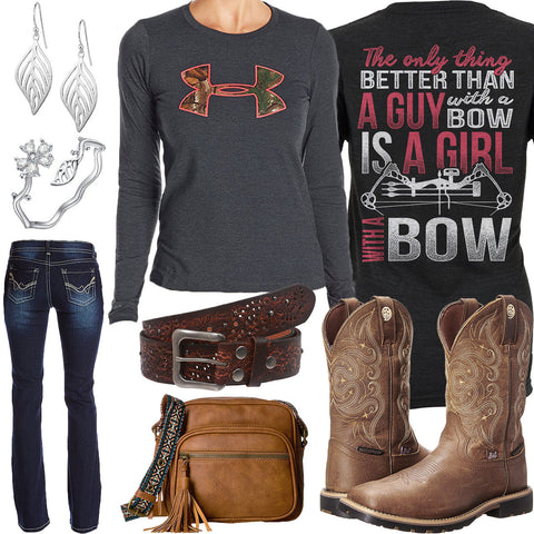 Girl With A Bow Under Armour Camo T-Shirt Outfit · « 8ad7c2f3a0c3a