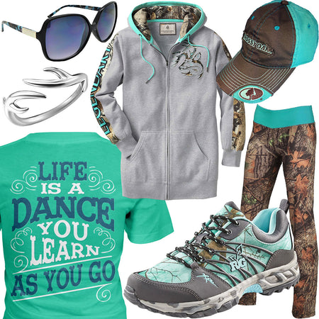 Life Is A Dance Camo Leggings Outfit