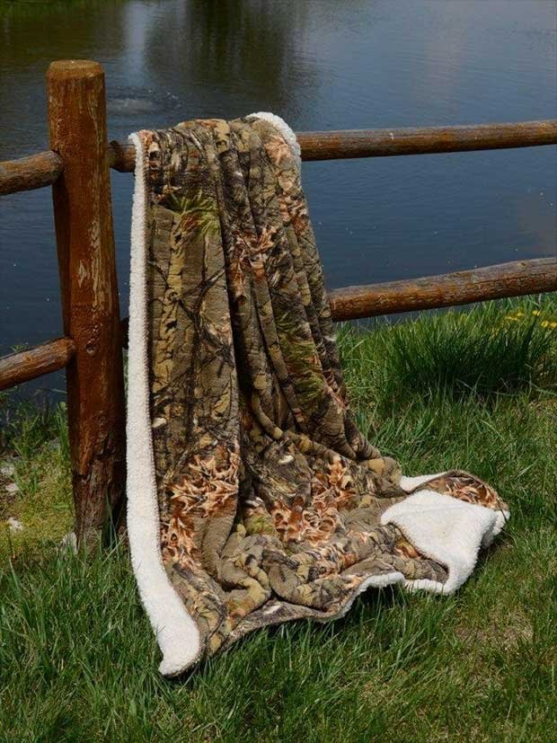10 Cozy Camo Blankets Real Country Ladies