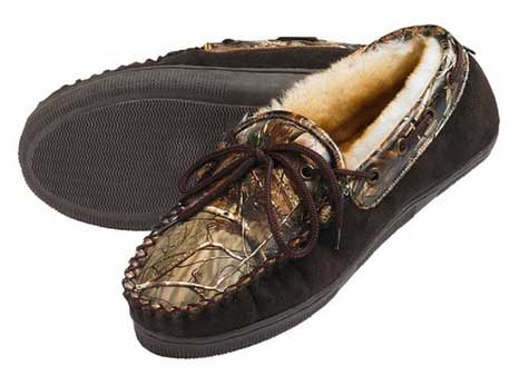 fa754b3b340d9 10 Must-Have, Country Chic Camo Slippers & Clogs - Real Country Ladies