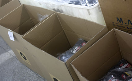 Custom cycling clothing shipping boxes