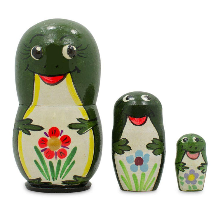 Set of 3 Green Frogs Wooden Russian Nesting Dolls 3.25 Inches by BestPysanky