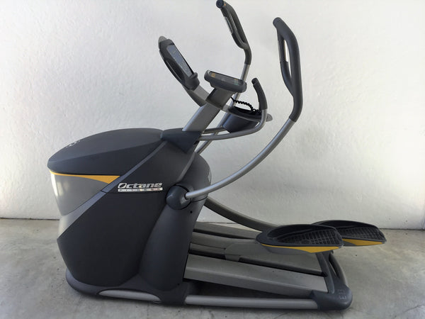 Octane Fitness Pro 4700 Elliptical (Used)