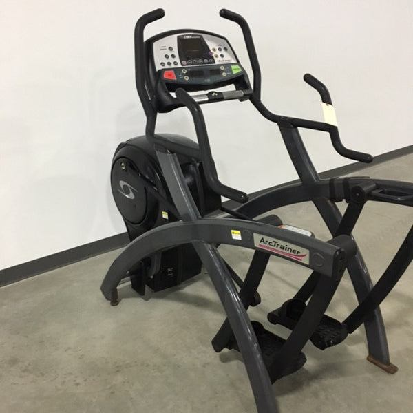 Cybex 600A Arc Trainer - Black and Gray (Used)