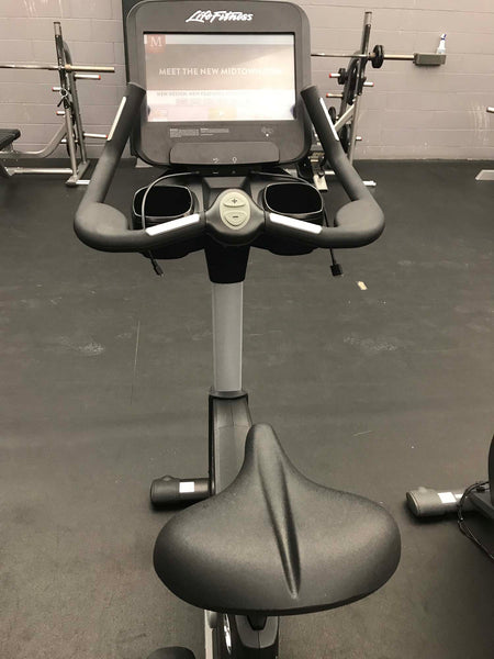 Life Fitness Upright Bike (Refurbished)