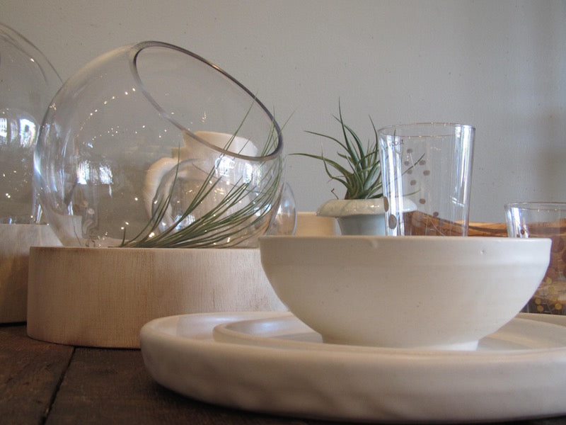 Judy Jackson place setting in white