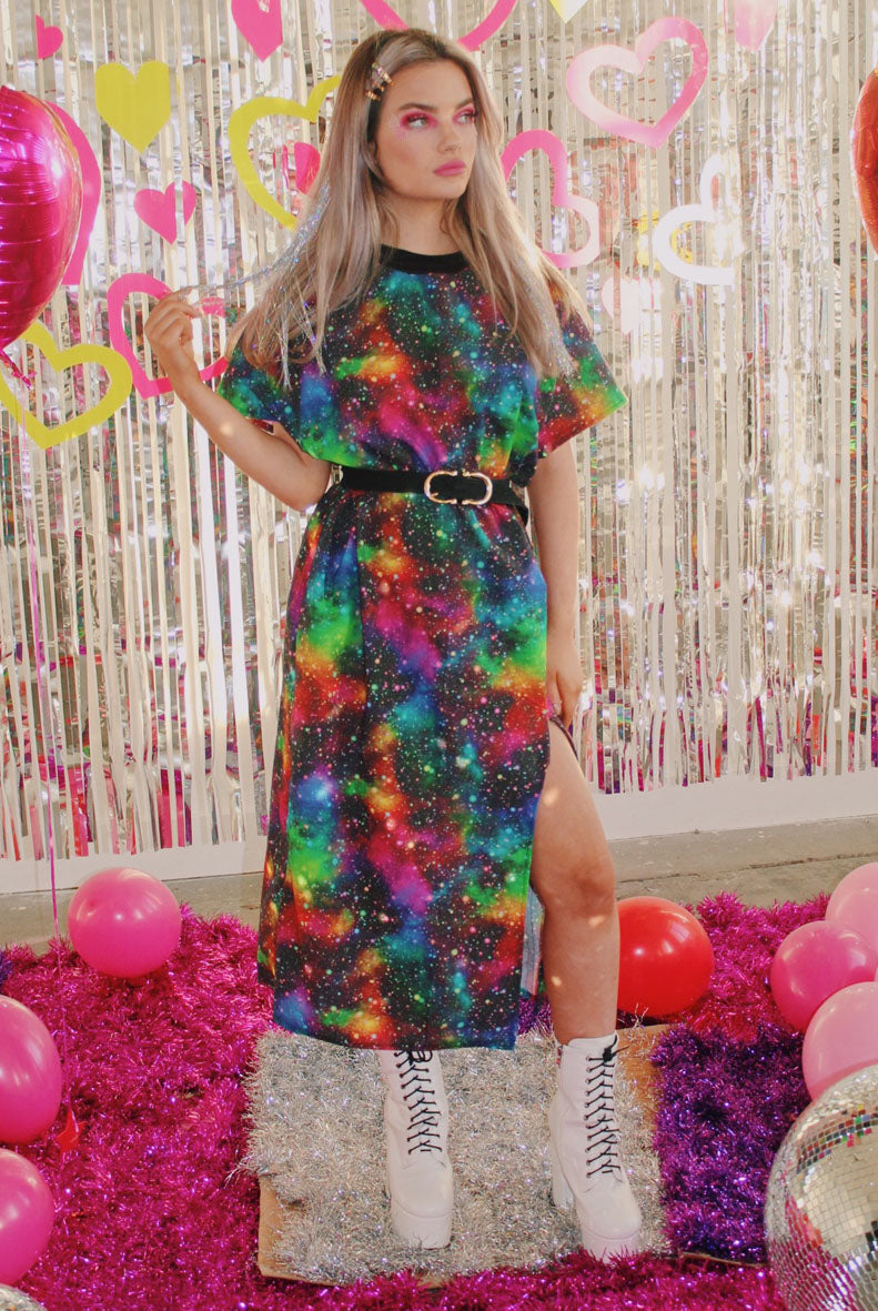 Art Attack T-shirt Midi Dress