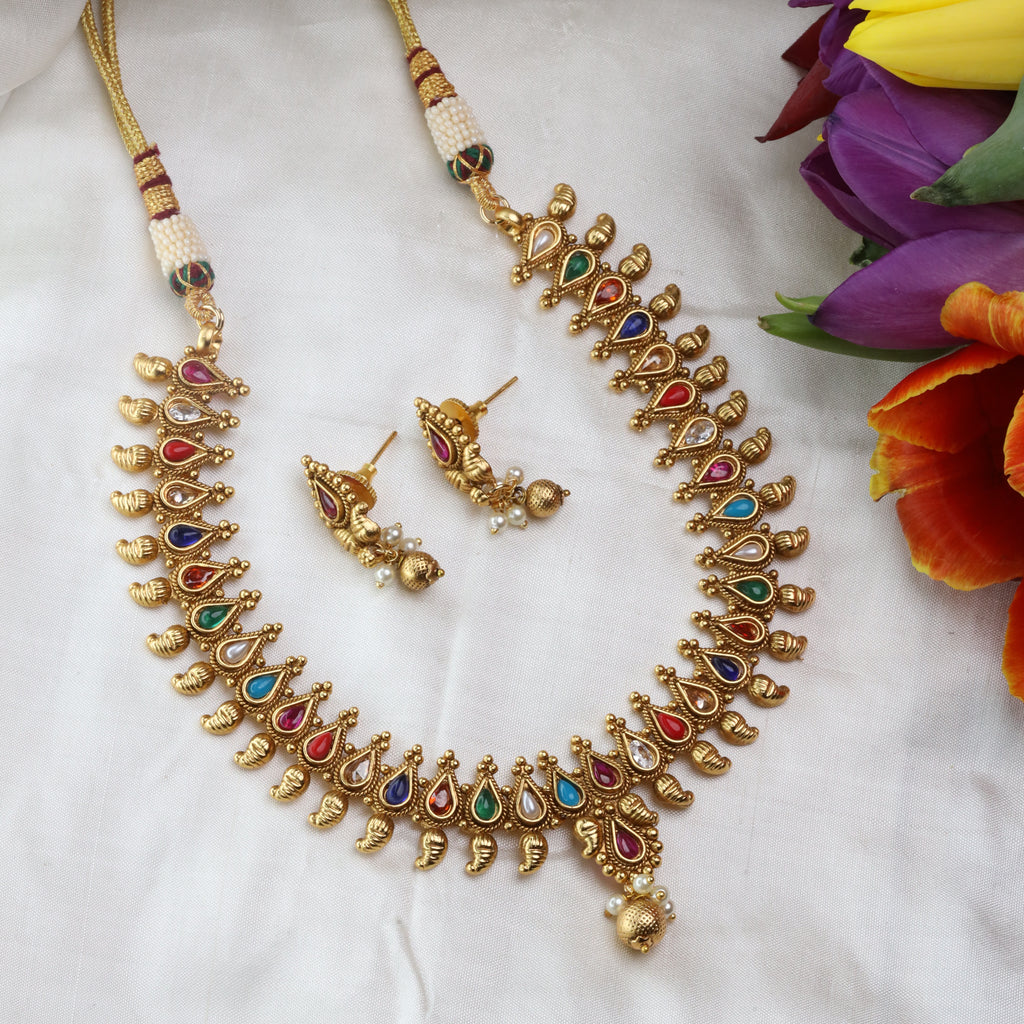 ANTIQUE SHORT NECKLACE & EARRING 15667