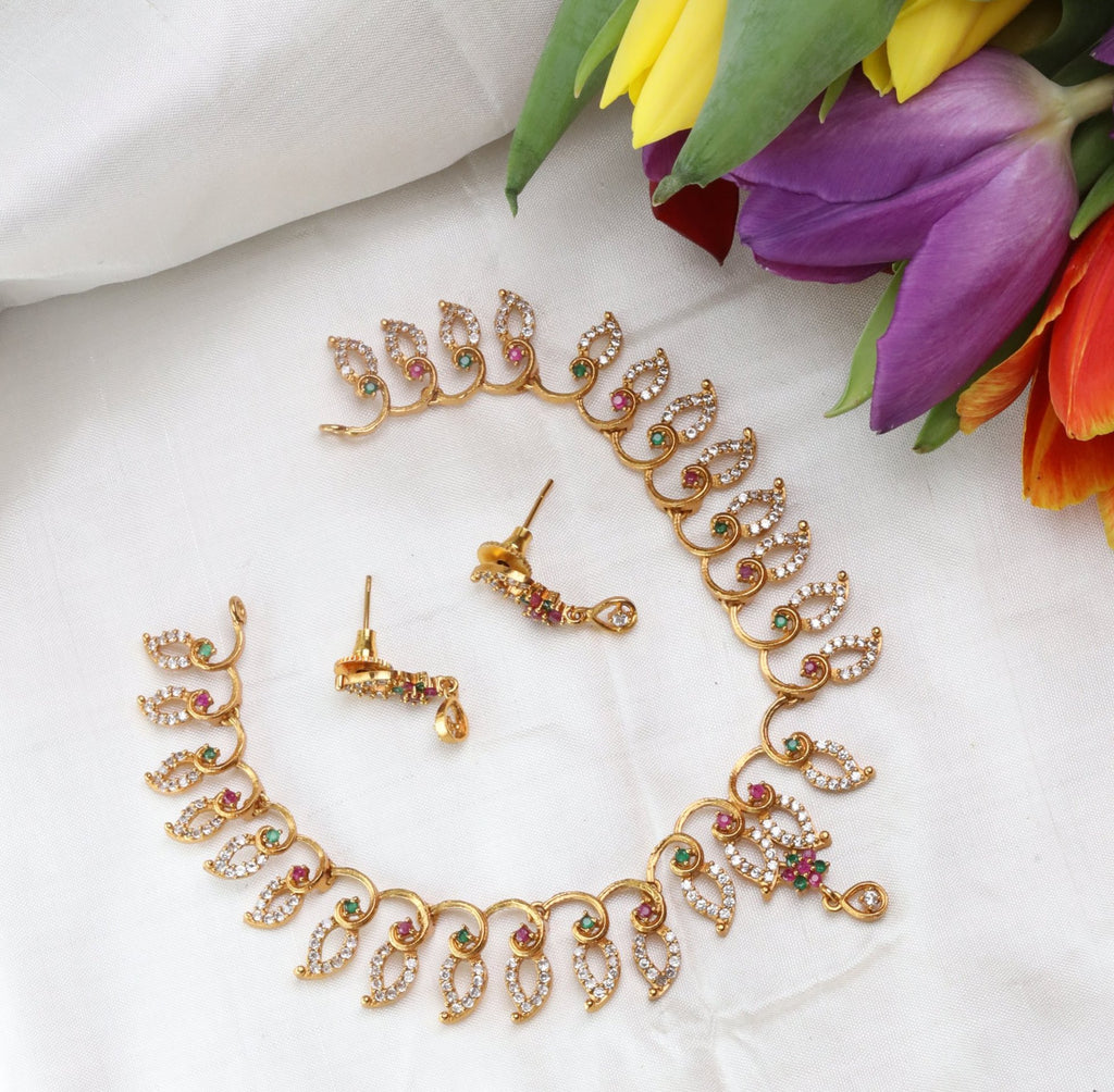 ANTIQUE SHORT NECKLACE & EARRING 15697
