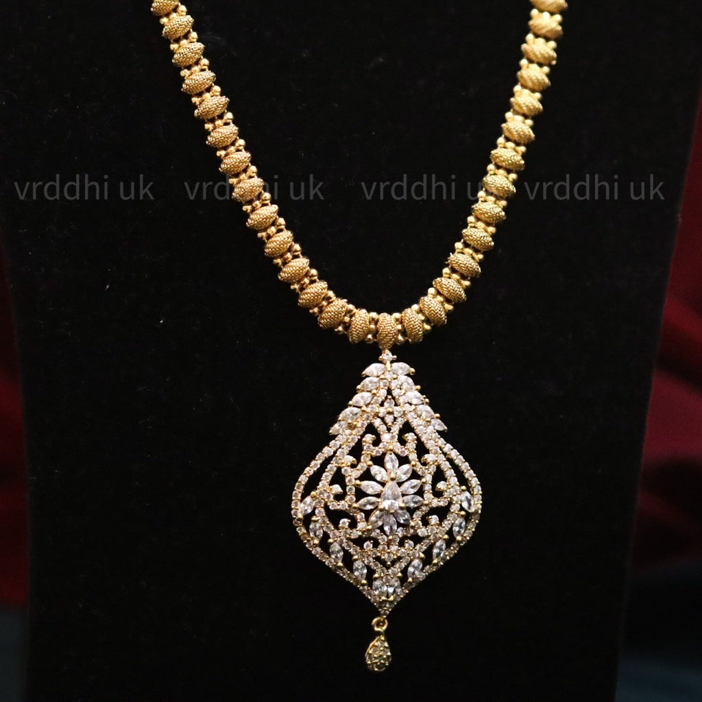 GOLD PLATED  SHORT NECKLACE 7