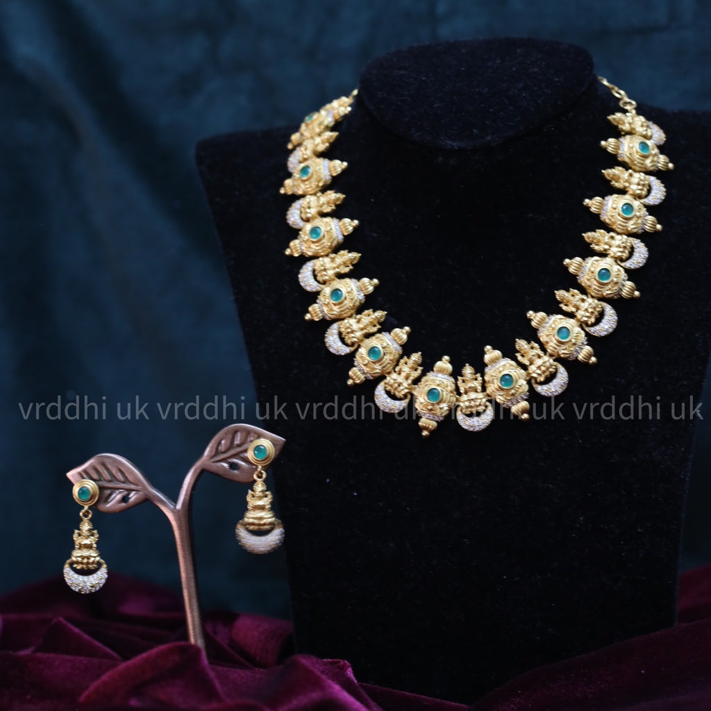 TRADITIONAL TEMPLE ANTIQUE SHORT NECKLACE & EARRING 184