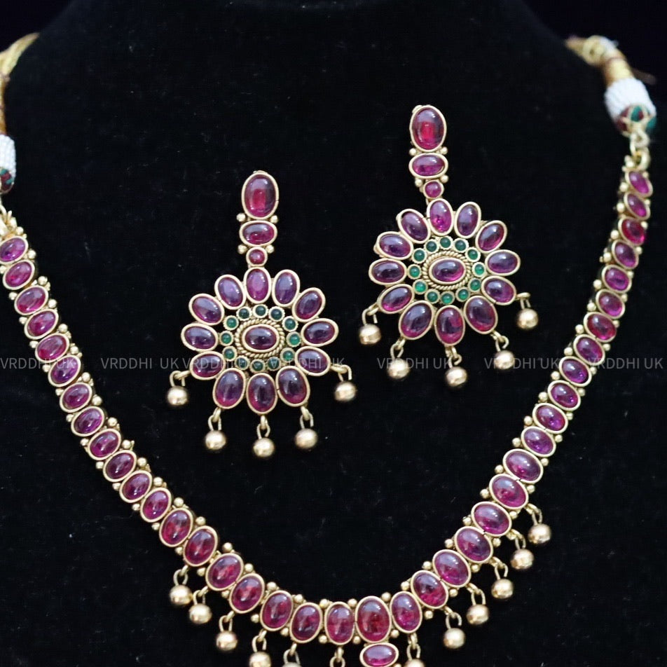 FLORAL DESIGN RUBY ANTIQUE   SHORT  NECKLACE & EARRING 1368