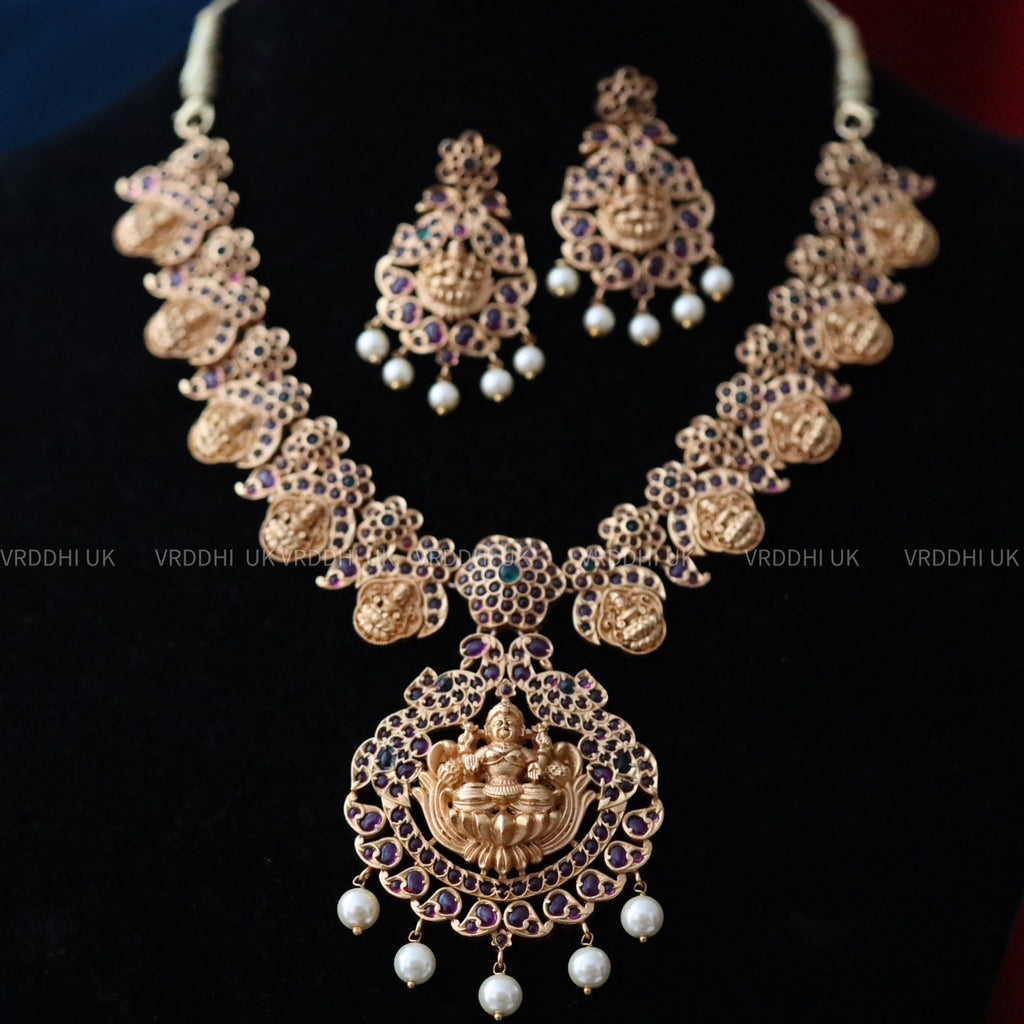 ANTIQUE SHORT NECKLACE & EARRING 13799