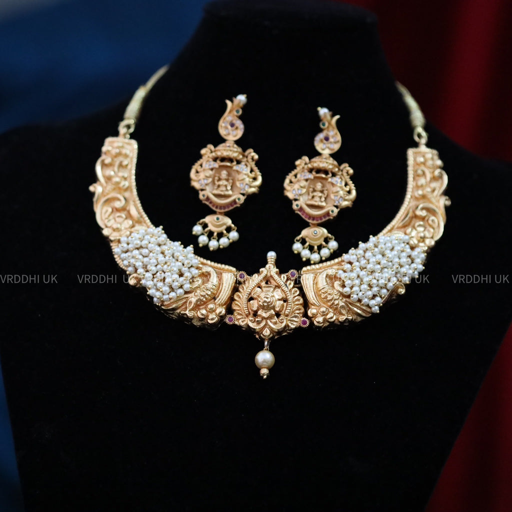 ANTIQUE NECKLACE & EARRING 1390
