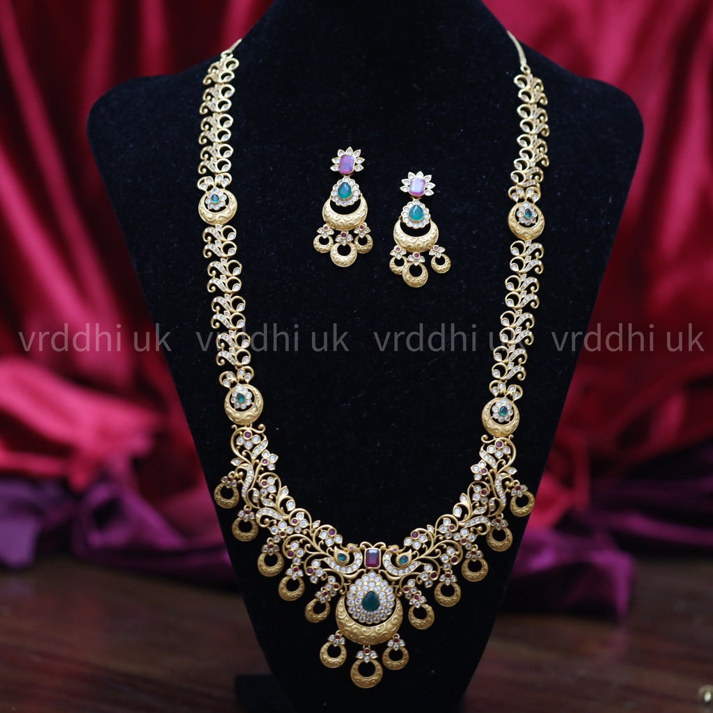 ANTIQUE   LONG NECKLACE & EARRING 13468