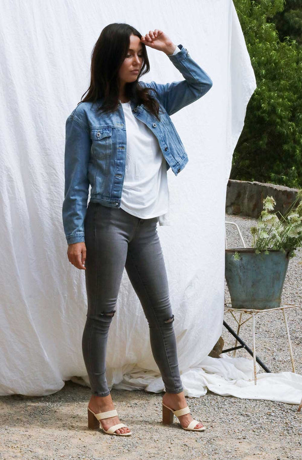 KENDALL CHARCOAL WASH JEANS