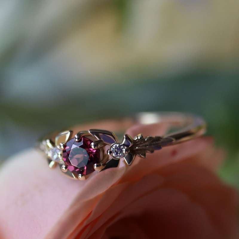 Guardian Spirit Ring, Garnet