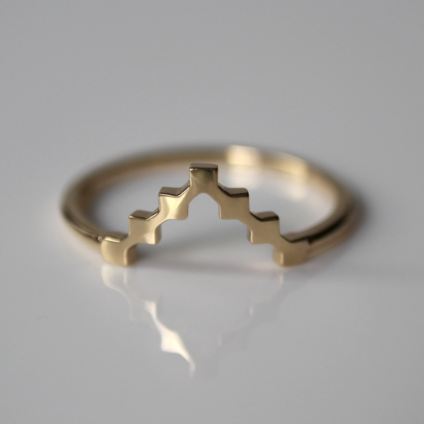 Super Pixel Arrow Ring
