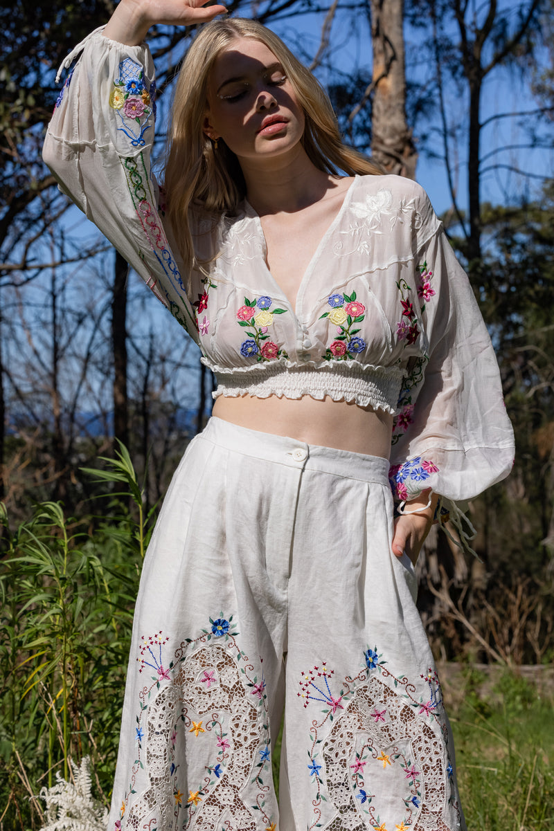 Dream In Colour - Crop Top in Ivory